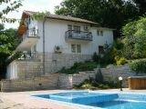 Шикарная вилла с бассейном - в Болгарии у моря