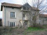 Недорогой сельский дом в Болгарии