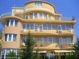 Семейный отель в Равда